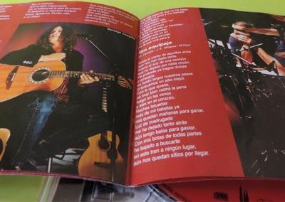 Libreto disco Sin enchufe (2) - Mclan