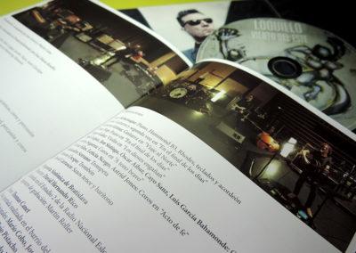 Libreto de CD Viento del Este de Loquillo 2