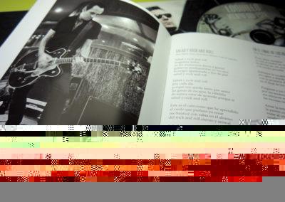Libreto de CD Viento del Este de Loquillo 3