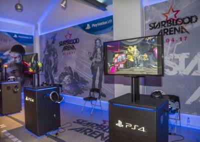 Diseño decoración presentación de los videojuesgos Starblood Arena y Farpoint Rojo Pistacho 5
