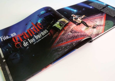 Diseño edición especial Fitografía Fito y Fitipaldis Rojo Pistacho 13