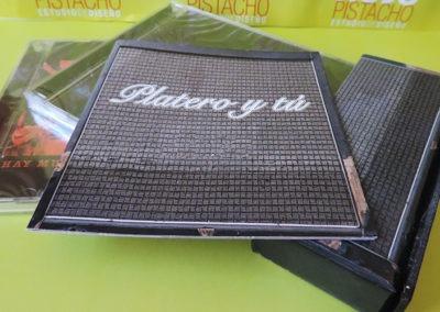 Libreto Edición especial Hay Mucho Rock and Roll Platero y Tú